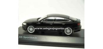 lead figure Audi A5 Sportback 1:43 spark