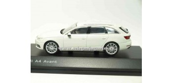 Audi A4 Avant Glaciar White 1/43 spark