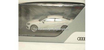 Audi A5 Coupe Glaciar White 1/43 spark