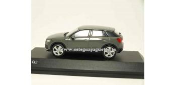 lead figure Audi Q2 Quantum Grey 1:43 Spark