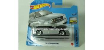 Audi Avant RS2 94 1/64 Hot wheels