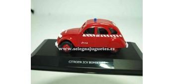 lead figure Citroen 2cv firefighters Show case 1/43 Mondo Motors