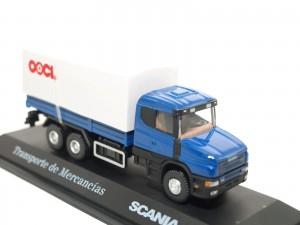 Camión transporte de mercancias